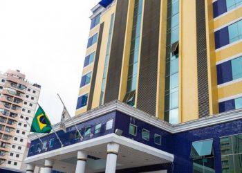 Faixada do Euro Suíte Hotel