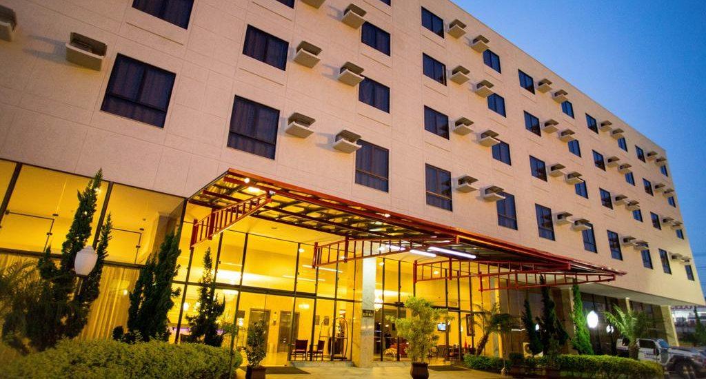 Faixada do Hotel Dan Inn Anhaguera